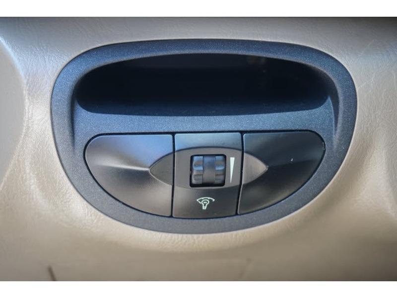 Hyundai Santa Fe 2004 price $3,495