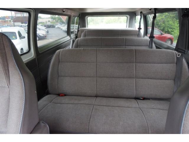 Dodge Ram Wagon 1996 price $2,777