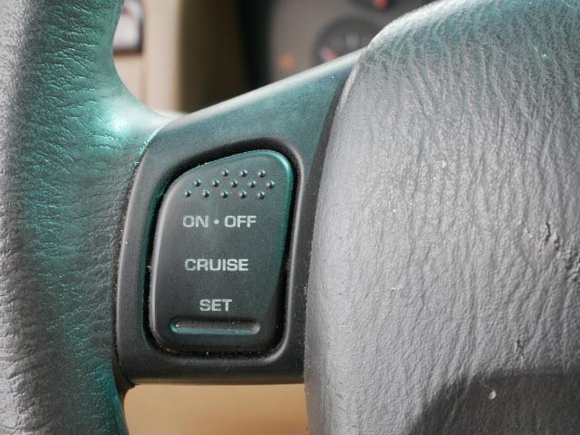 Jeep Grand Cherokee 2000 price $2,177