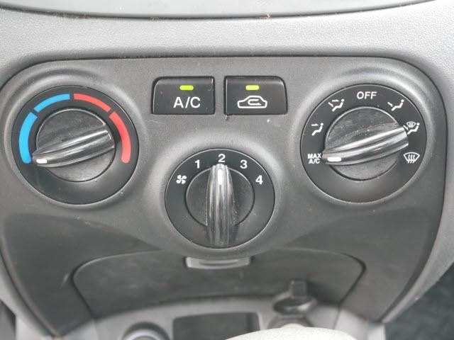 Kia Rio 2006 price $2,577
