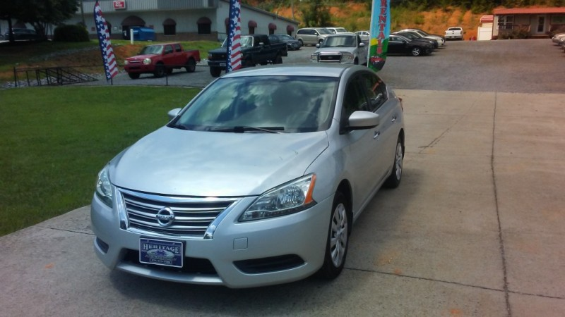 Nissan Sentra 2015 price $34.00 Per Day