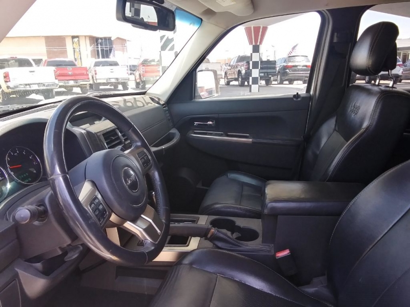 JEEP LIBERTY 2012 price $8,999