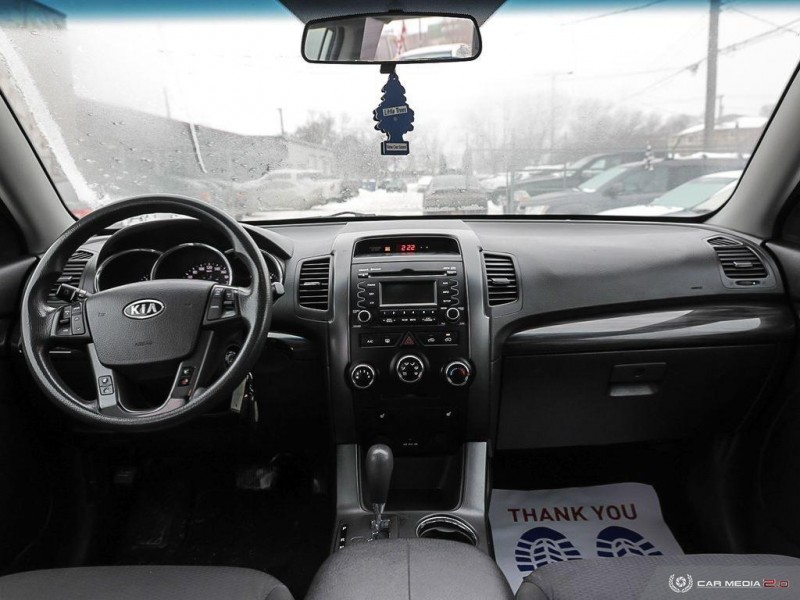 Kia Sorento 2012 price $7,300