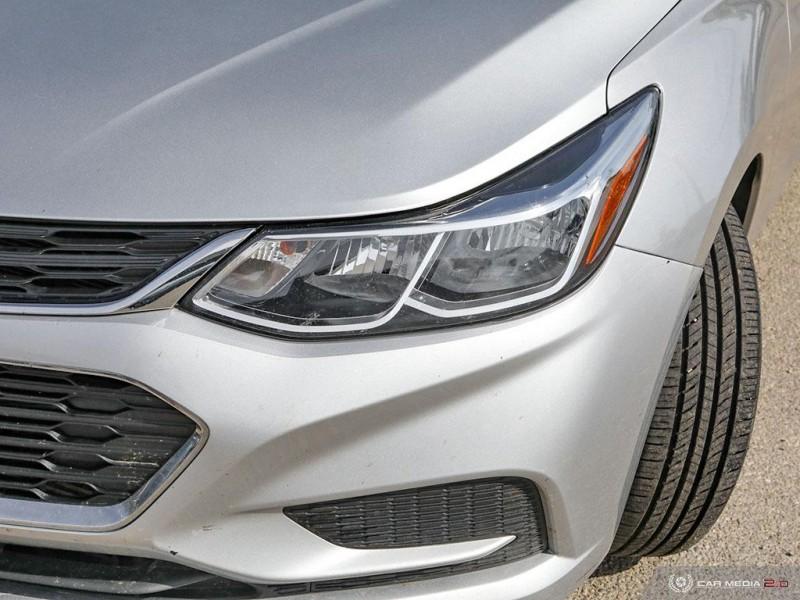 Chevrolet Cruze 2018 price $19,825
