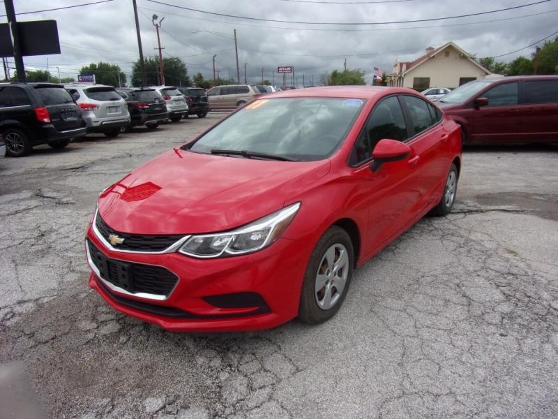 Chevrolet Cruze 2017 price $14,500