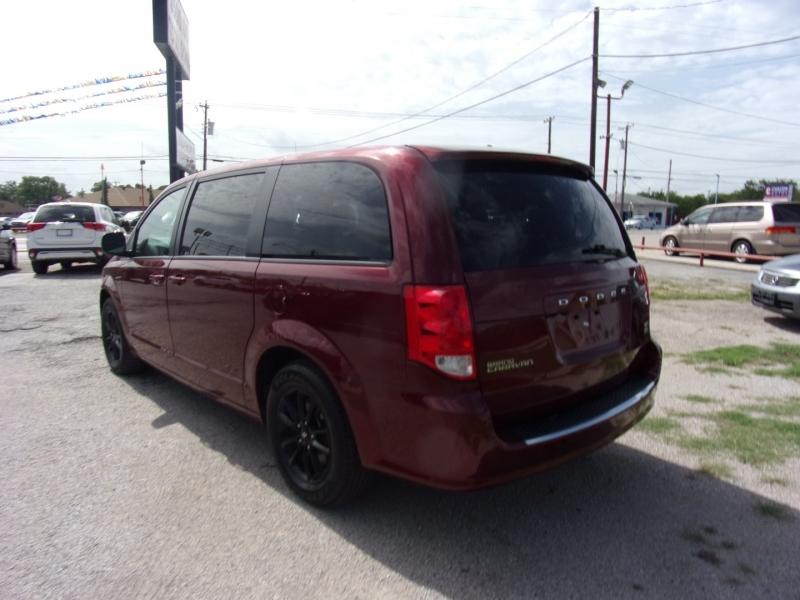 Dodge Grand Caravan 2019 price $18,995