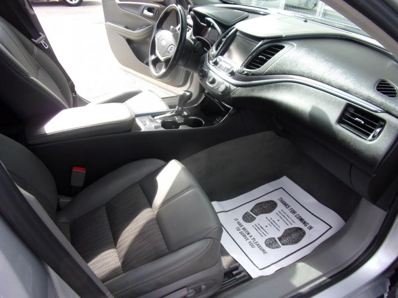 Chevrolet Impala 2018 price $15,995