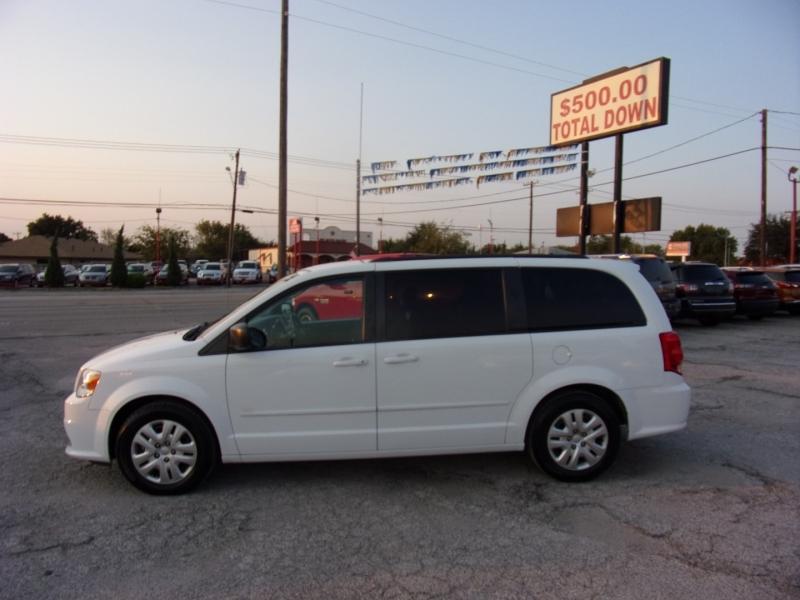 Dodge Grand Caravan 2017 price $9,999