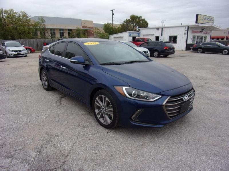 Hyundai Elantra 2017 price $13,500