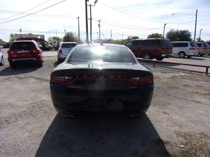 Dodge Charger 2017 price $20,995