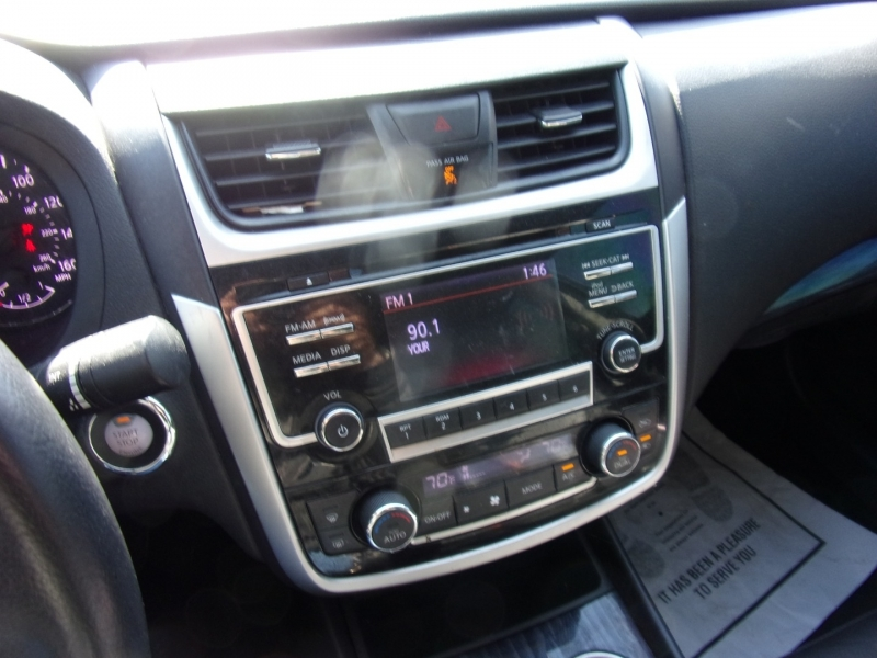 Nissan Altima 2018 price $15,500