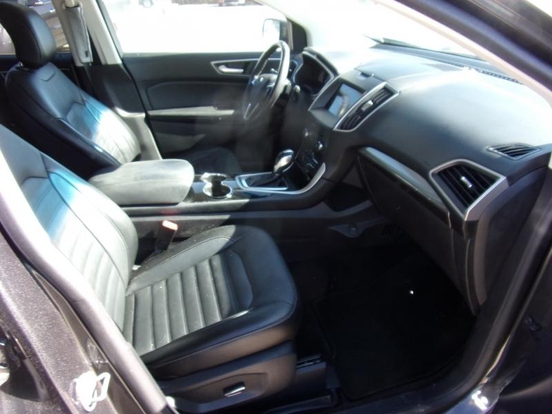 Ford Edge 2016 price $15,500