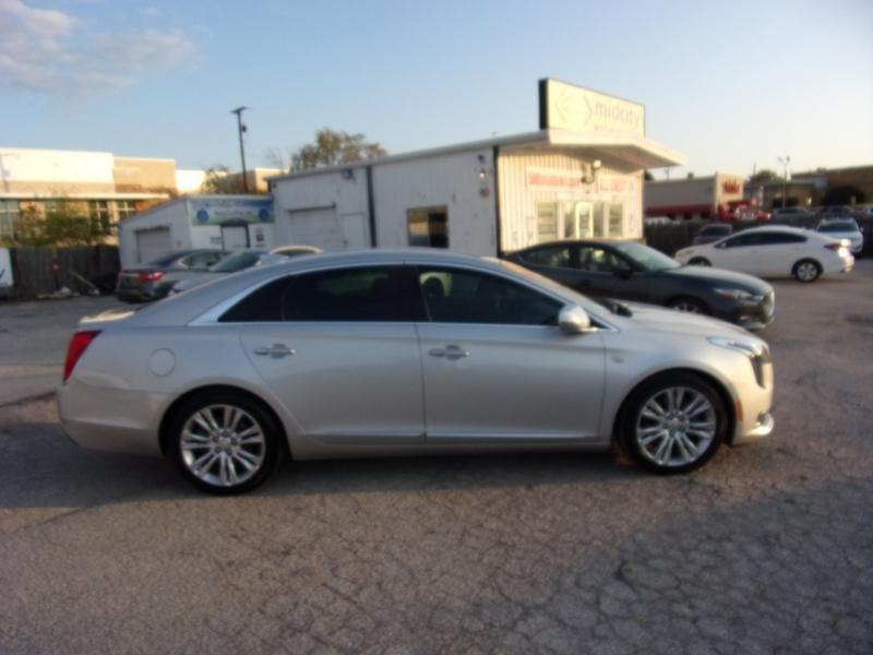 Cadillac XTS 2018 price $20,995
