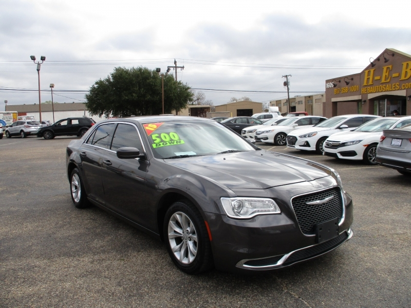 Chrysler 300 only 500totaldown.com 2015 price $13,500