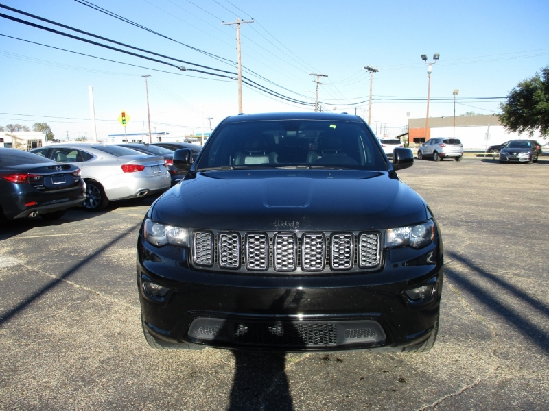 Jeep Grand Cherokee 2017 price $17,995