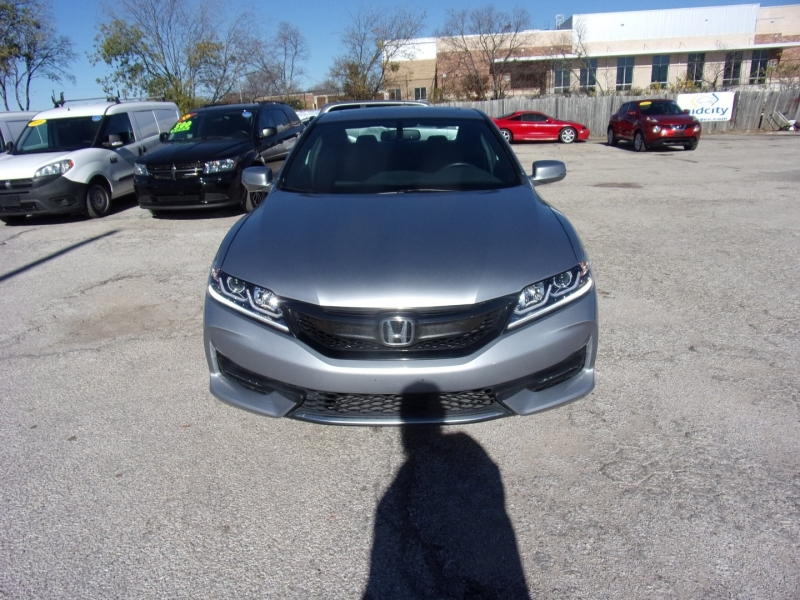 Honda Accord Coupe 2017 price $18,500