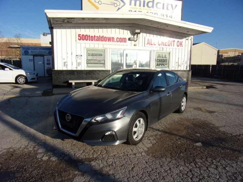 Nissan Altima 2019 price $14,995