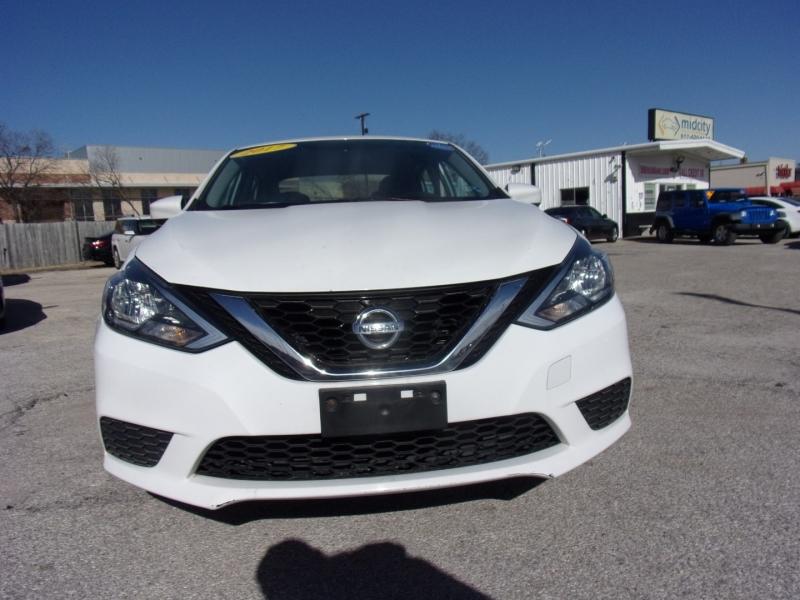 Nissan Sentra 2017 price $8,995