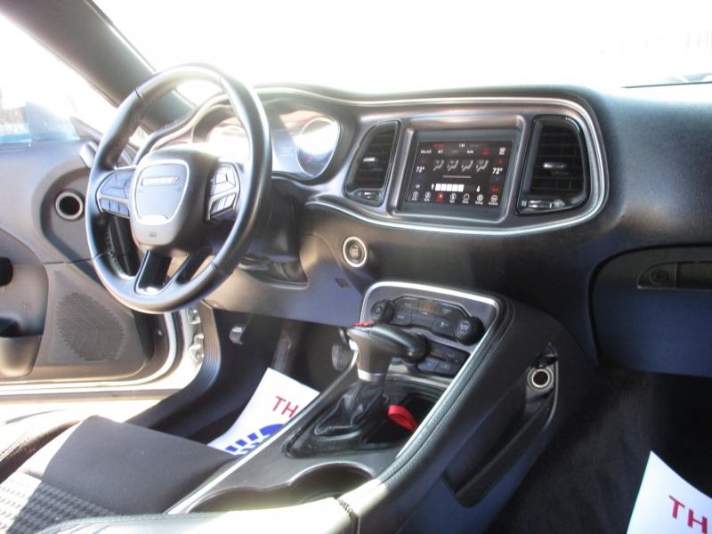 Dodge Challenger 2018 price $18,995