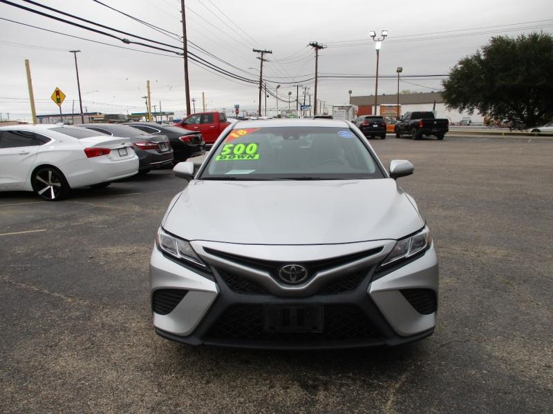Toyota Camry 2018 price $16,995