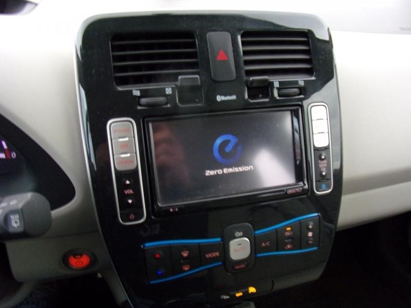 Nissan LEAF 2012 price $5,995