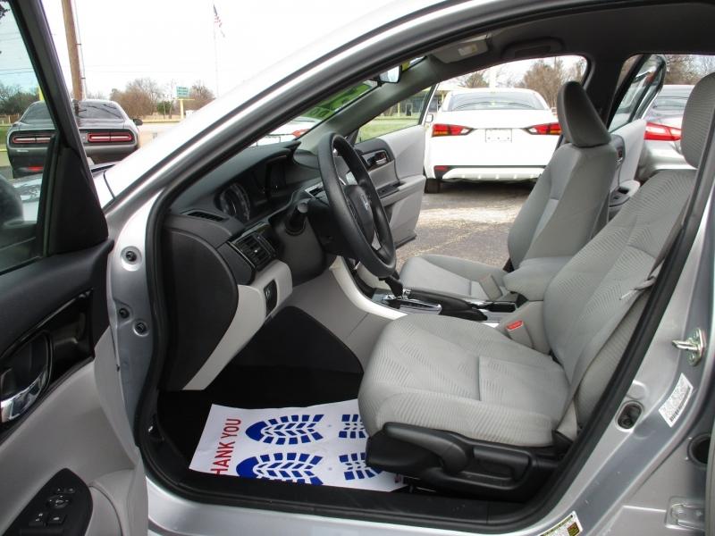 Honda Accord Sedan low miles 2017 price $15,500