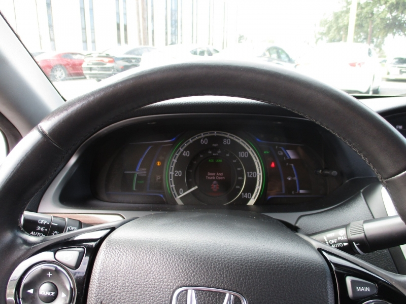Honda Accord Hybrid 500totaldown.com 2017 price $17,995