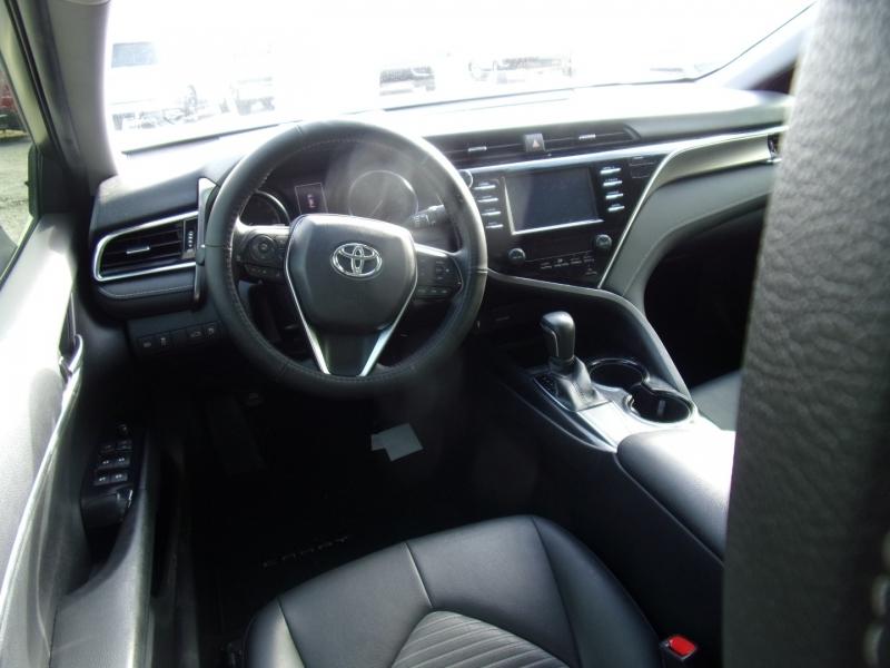 Toyota Camry 2018 price $17,995