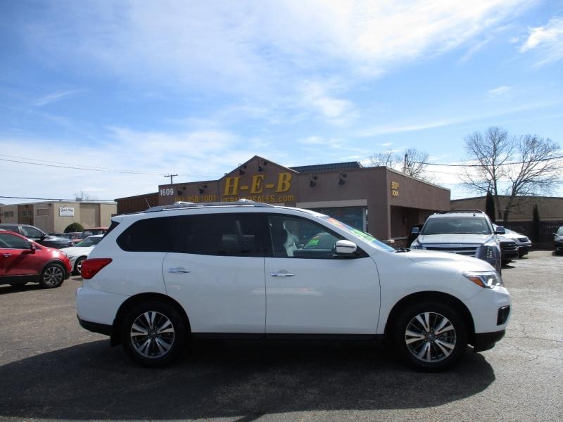 Nissan Pathfinder 2018 price $15,495