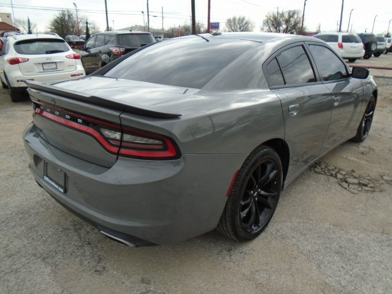 Dodge Charger 2018 price $21,995