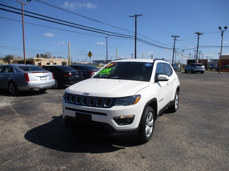 Jeep Compass 2018 price $18,900