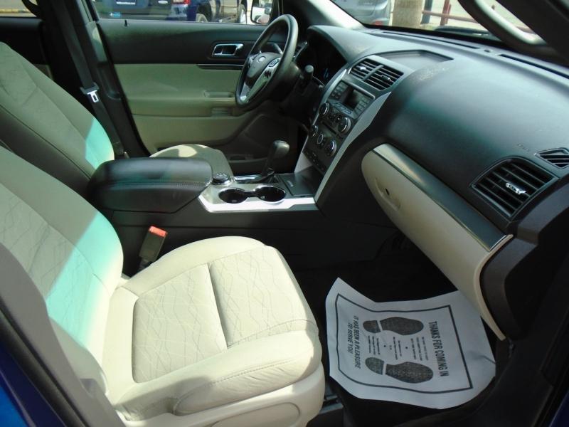 Ford Explorer 2015 price $17,500