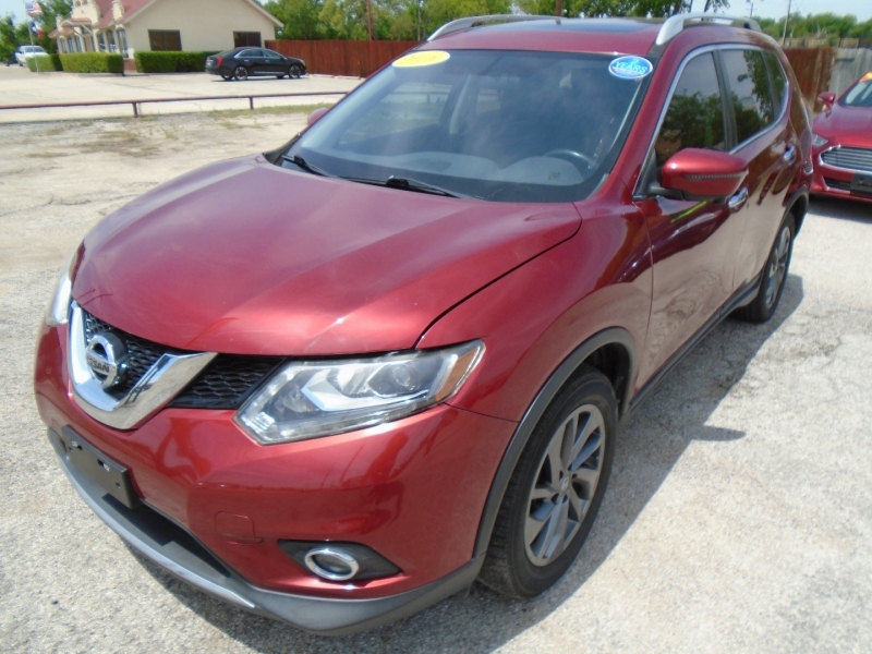 Nissan Rogue 2016 price $16,995