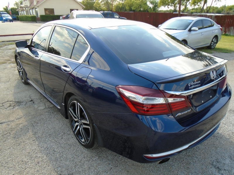 Honda Accord Sedan 2017 price $19,500