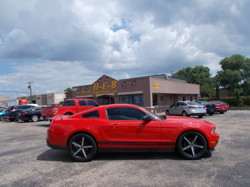 Ford Mustang 2012 price $10,999