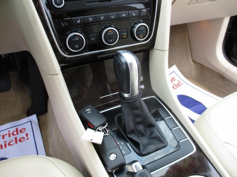 Volkswagen Passat 2015 price $14,995