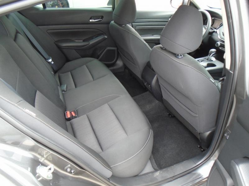 Nissan Altima 2019 price $18,995