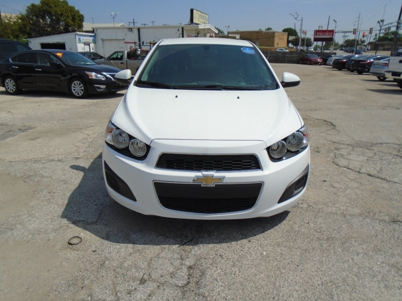 Chevrolet Sonic low miles 500totaldown.com 2015 price $10,995