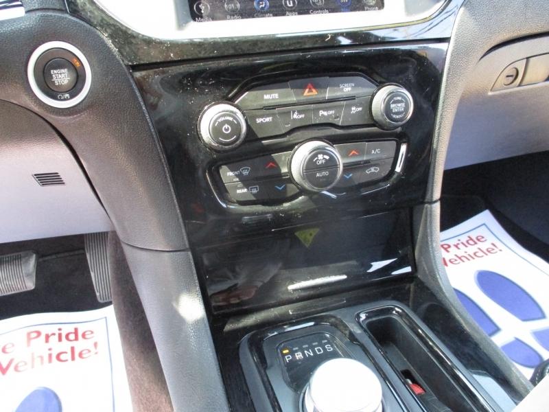 Chrysler 300 500totaldown.com 2018 price $22,950