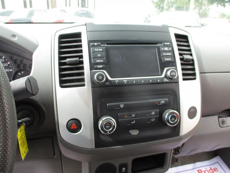 Nissan Frontier 2017 price $14,995