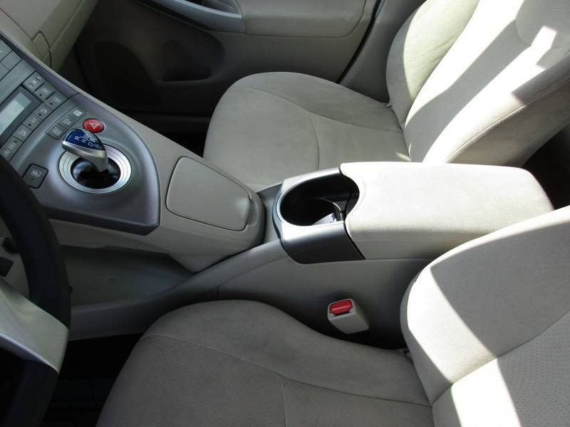 Toyota Prius 2014 price $12,995