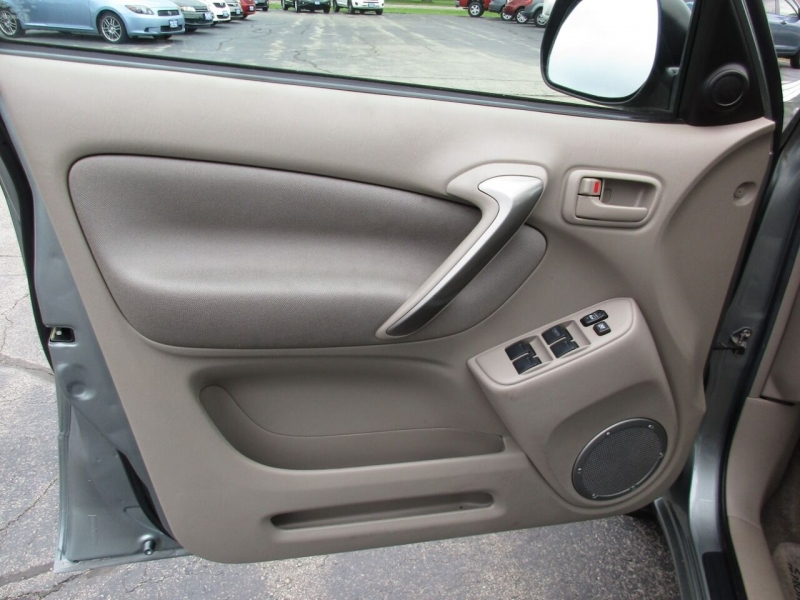 Toyota RAV4 2005 price $6,995