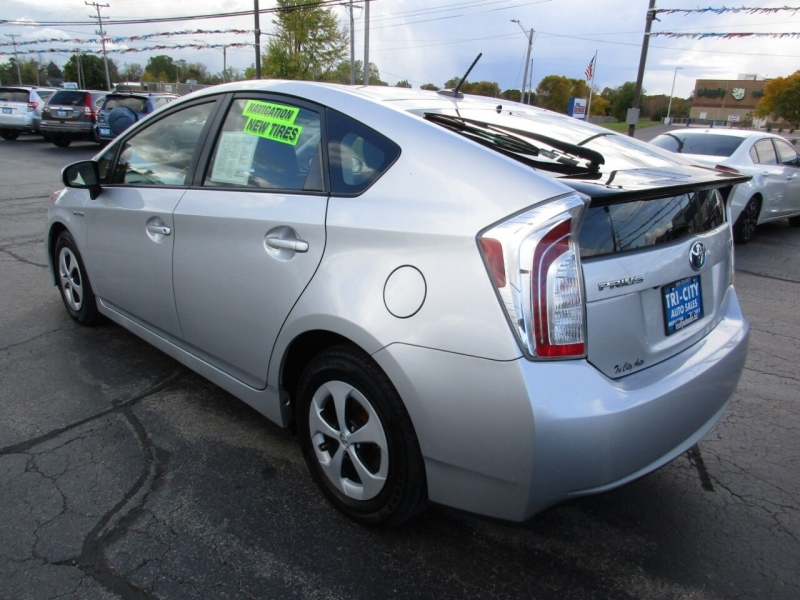 Toyota Prius 2013 price $10,995