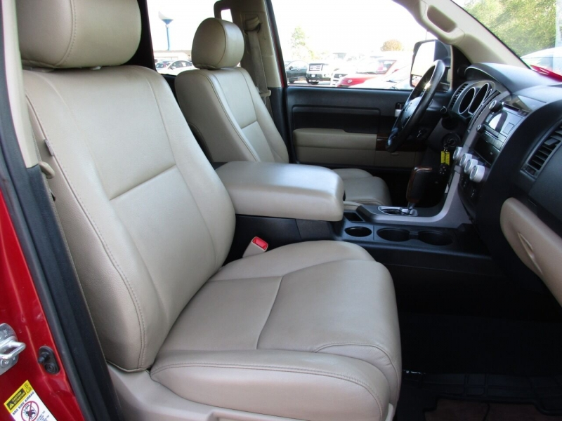 Toyota Tundra 2013 price $21,995