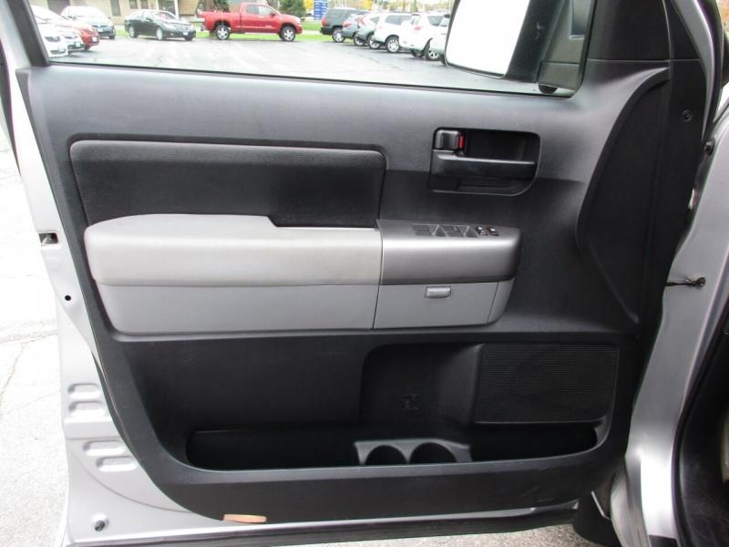 Toyota Tundra 2010 price $19,995