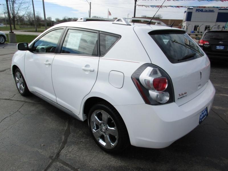 Pontiac Vibe 2009 price $7,500