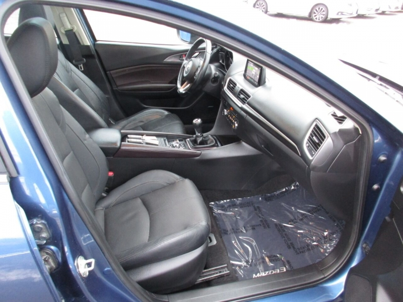 Mazda MAZDA3 2017 price $13,995