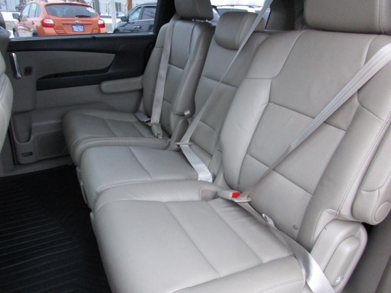 Honda Odyssey 2016 price $19,995