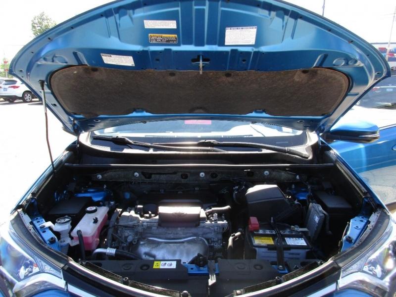 Toyota RAV4 2017 price $23,995