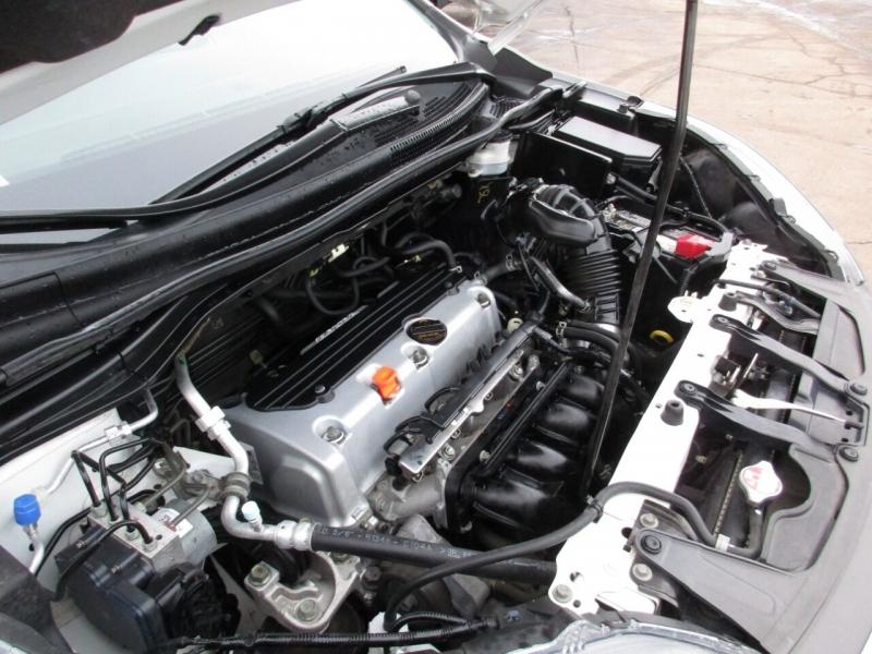 Honda CR-V 2014 price $13,995